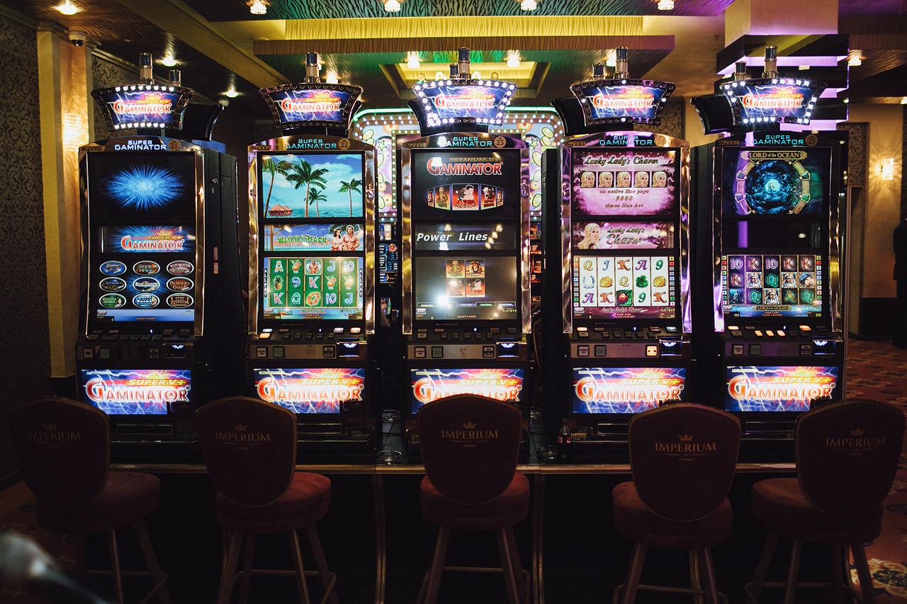 Онлайн покер казино играть